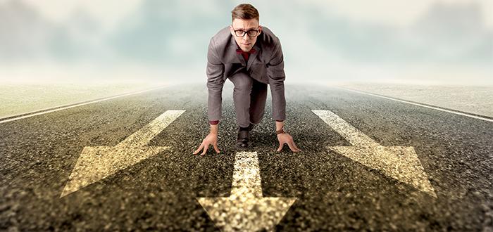 hombre listo para correr competencia factores criticos exito