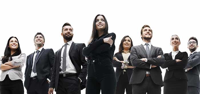 grupo de personas empedradas factores criticos de exito