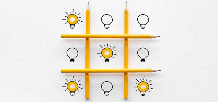 juego triqui con bombillos encendidos y apagados liderazgo empresarial