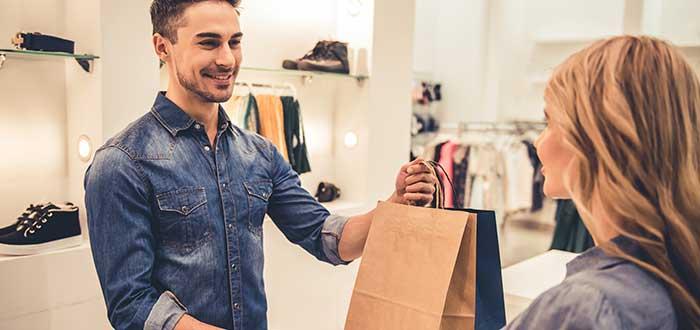Las cinco fuerzas de porter | El poder de negociacion de los clientes