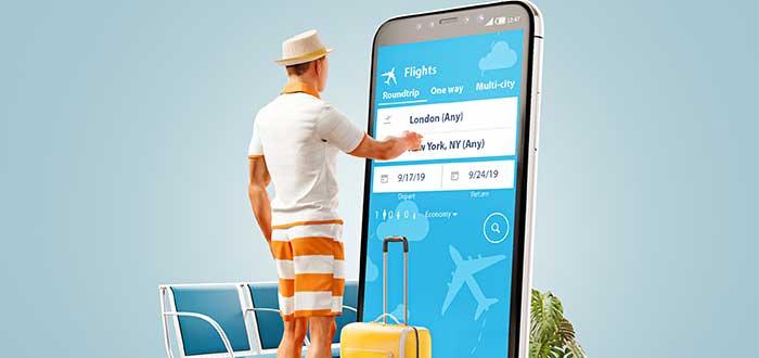 hombre_frente_a_telefono_elige_vuelo-ejemplo de producto mínimo viable