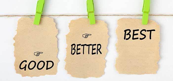 tres letreros de bueno mejor y el mejor
