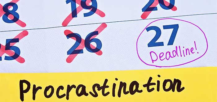 agenda_tachada_tiempo_limite_procastinacion_ley_parkinson_administracion_tiempo
