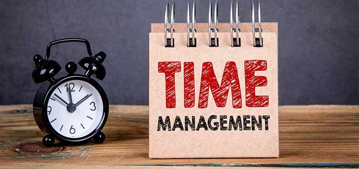 reloj_anuncio_manejo_del_tiempo_ley_parkinson_administracion_tiempo