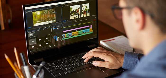 hombre_haciendo_video_sobre_producto_minimo_variable