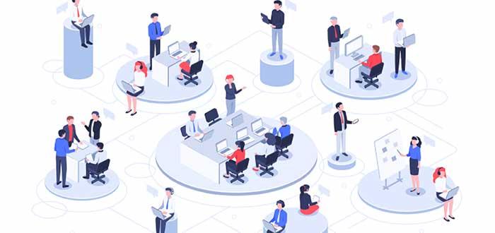 personas trabajando en diferentes círculos