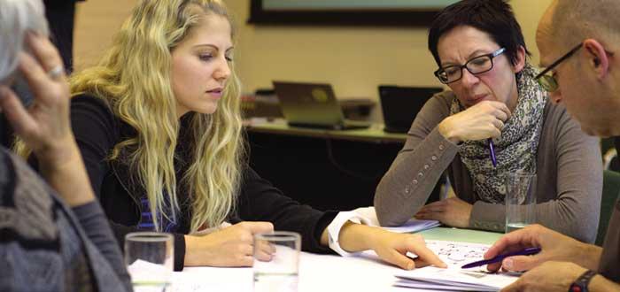 Reunión de trabajo una de las formas de perder el tiempo de un emprendedor