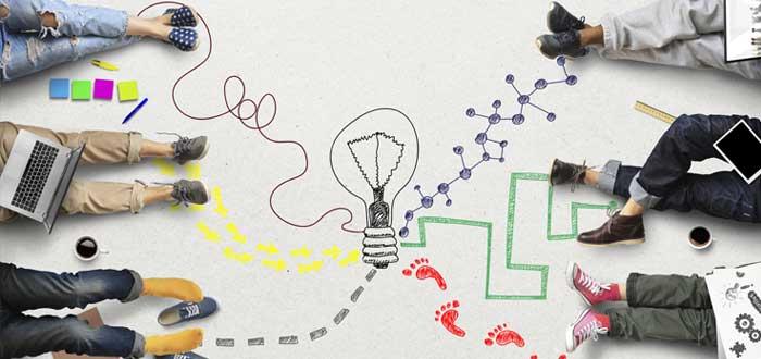 Trabajo en equipo y símbolos de innovación empresarial