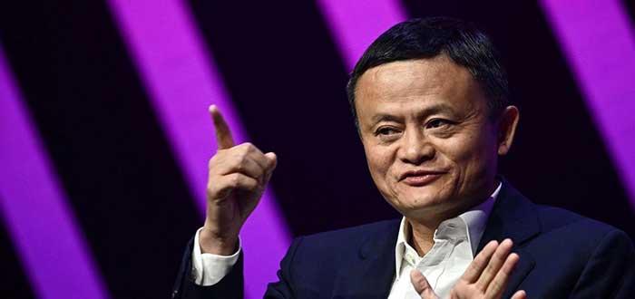 Retrato del empresario Jack Ma con un fondo de líneas negras y moradas