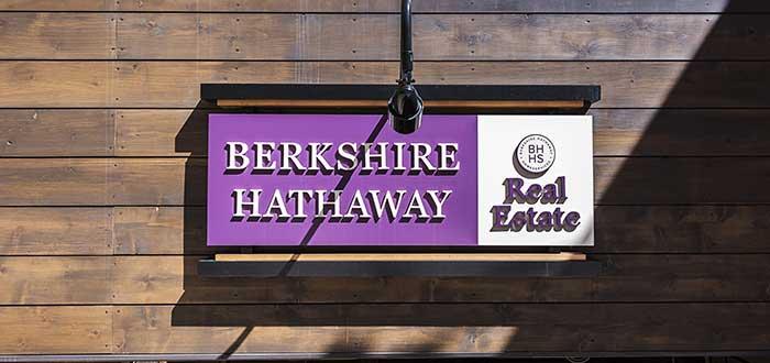 letrero de berkshire hathaway