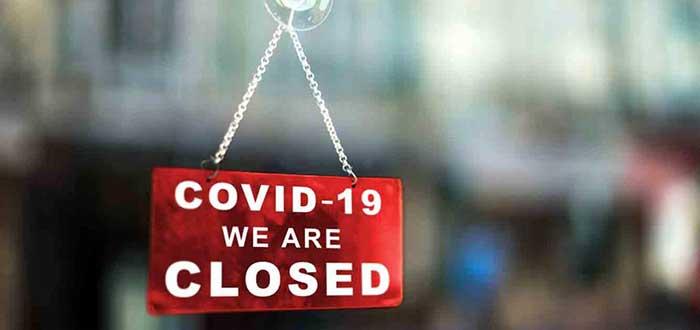 Letrero de negocio cerrado por el impacto del Covid-19 en las empresas