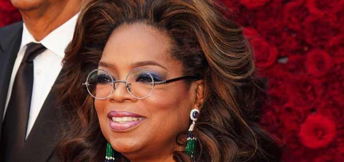 Oprah Winfrey con espejuelos