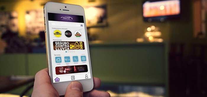 Pantalla de celular mostrando App Matecar