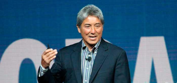 Guy Kawasaki hablando en conferencia