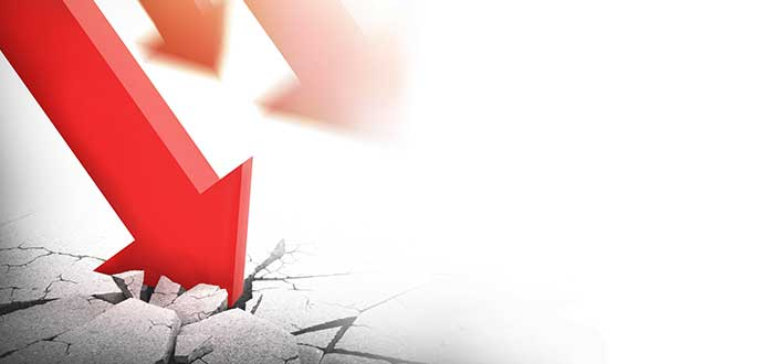 Flechas se estrellan contra el suelo mostrando las perdidas económicas a causa de la pandemia