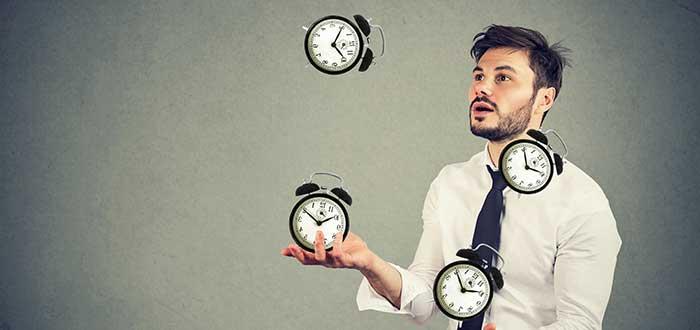 El tiempo es el recurso más valiosos, una de las enseñanzas de las frases de Jim Rohn