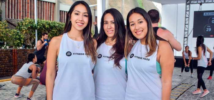 Brenda, Alicia y Mónica Vivanco de Fitness Pass
